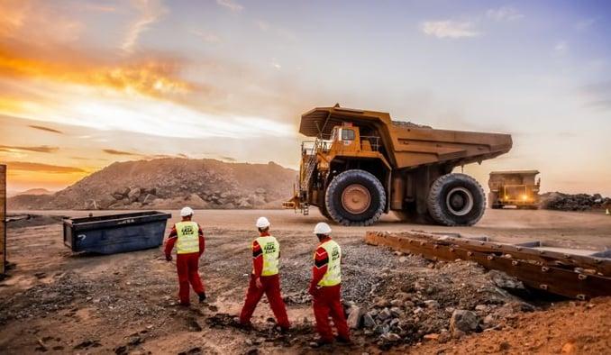 South_Africa_Platinum_Mine_Shutterstock_XL_721_420_80_s_c1